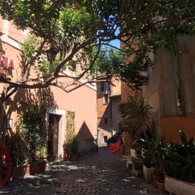 Osterias in Trastevere and first Paparazzis